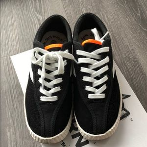 Tretorn Andre 3000 NyliteXAB2 black canvas tennis